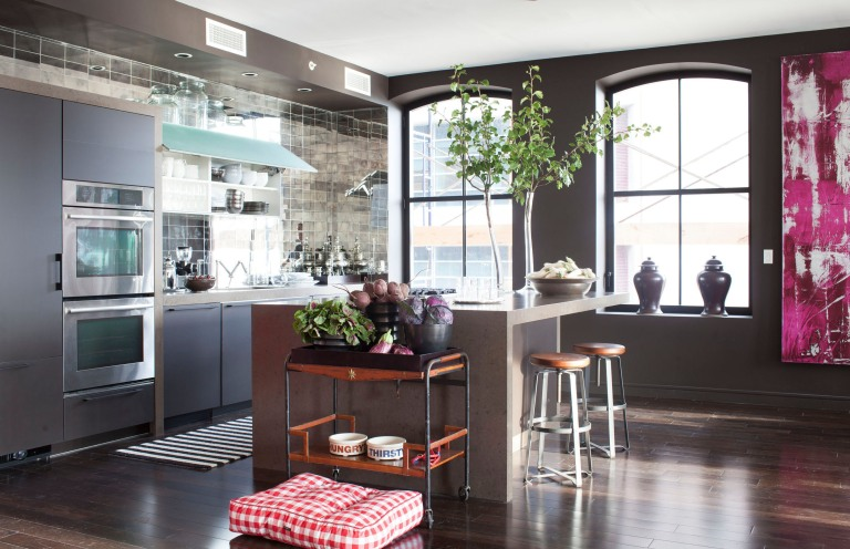 elle decor house beautiful and veranda show homes feature luxury jenn air kitchens - Elle Decor Kitchens