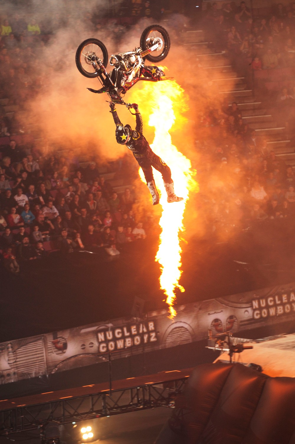 PHOTO BAKFLIP WITH FIRE PYRO Nuclear Cowboyz