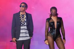 "BEYONCE & JAY Z ""On The Run Tour"" Exclusively In Paris For Two Final Shows"