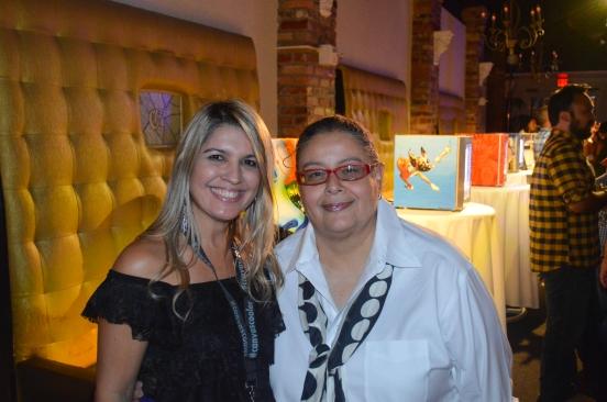 Laiz Rodrigues (hotspotorlando) and Soco