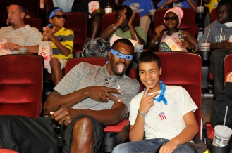 In the Magic's continuing efforts to get kids ready for school, the Magic along with Magic player Dewayne Dedmon hosted youth at a private screening of Teenage Mutant Ninja Turtles on August 7. The youth met Magic Community Ambassador Bo Outlaw, STUFF the Magic Mascot, and were treated to popcorn, drinks and a Magic goody bag. Photos taken by Gary Bassing.