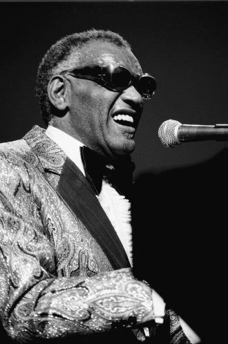 Ray Charles Performs Live In Holland