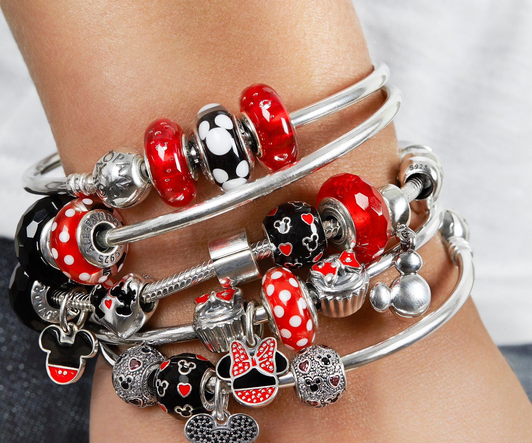 Pandora Jewelry Orlando: PANDORA Jewelry's New Disney-Themed Collection Celebrates