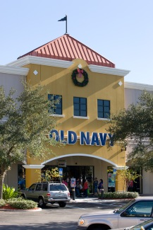 Old Navy Outlet Wreath