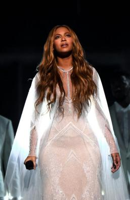 Grammy Awards 2015: Beyonce in Messika Joaillerie
