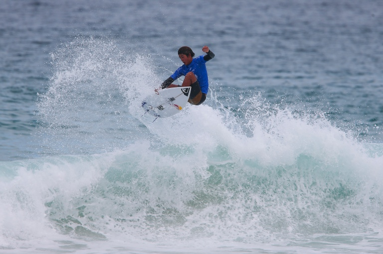 WORLD'S BEST SURFERS LIGHT UP FOR POSTINHO AT OI RIO PRO