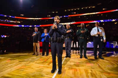 national-anthem-performace-court-view